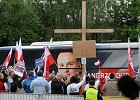Debata prezydencka 2015 w TVN24. Zdj�cia z ostatniego starcia Dudy i Komorowskiego