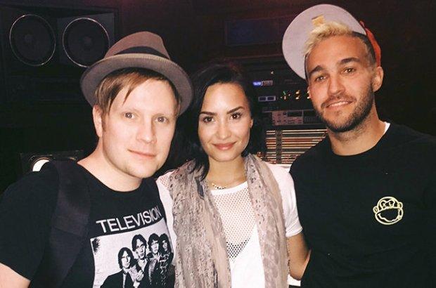 """Zespół Fall Out Boy przygotował nową wersję piosenki """"Irresistible"""" z gościnnym udziałem Demi Lovato."""