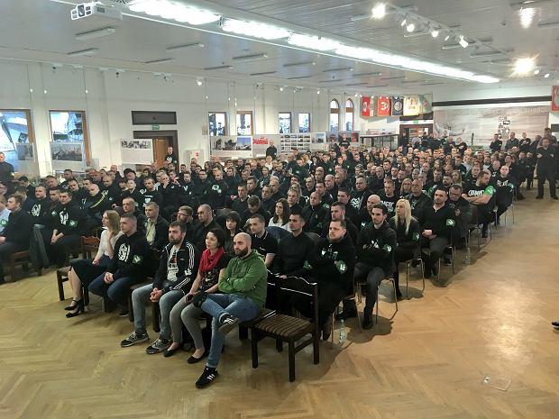 Zdjęcie numer 2 w galerii - Narodowcy zorganizowali sobie debatę w siedzibie SDP. Oskarżali Dudę o sprzyjanie Żydom