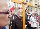 Protest na Placu Trzech Krzy�y