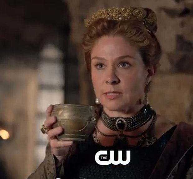 Reign, Megan Follows, 2013. / Screen z Youtube.com