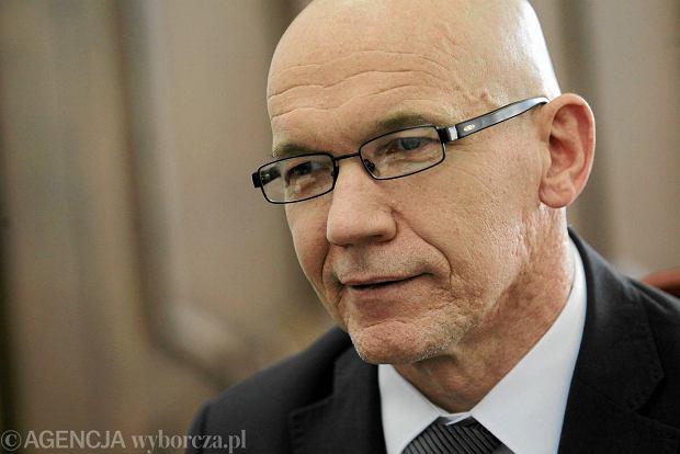 Wiceminister finansów Wiesław Jasiński podał się do dymisji. Odchodzi pogromca mafii paliwowej
