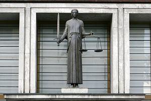 S�siadka chcia�a naby� prawa do maj�tku chorej kobiety