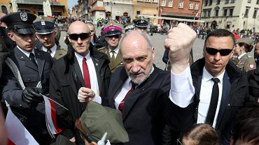Antoni Macierewicz, minister obrony narodowej w rządzie Beaty Szydło