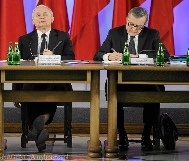 Jaros�aw Kaczy�ski i kandydat na premiera w rz�dzie technicznym Piotr Gli�ski