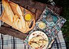 Termos, koc i ser w słoiku. Przepisy na piknik