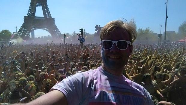 Damian i The Color Run w Paryżu
