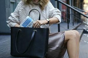 Nie kładź torebki na podłodze i uważaj na kciuki. 6 codziennych nawyków, które zwiększają ryzyko zachorowania na grypę