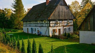 Anna Staszewska-Brookes i Paul Brookes za zarobione w Anglii pieniądze odnowili piękny dom w Bystrzycy