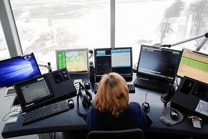 Najwyższa w kraju, najlepiej wyposażona - wieża kontroli lotów w Krakowie