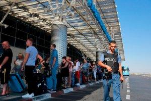 100 tys. ludzi chroni Tunezj� przed atakami terrorystycznymi. Czy tury�ci wr�c�?