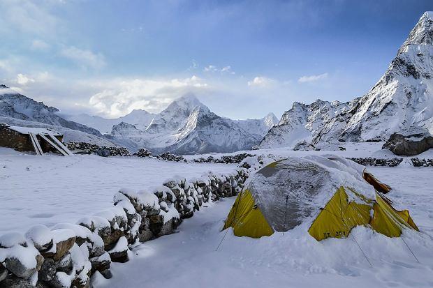 Zimowy obóz survivalowy - wybierasz się? Sprawdź, czego potrzebujesz
