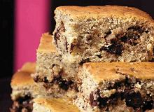 Ciasto orzechowe z czekolad� i bananami - ugotuj