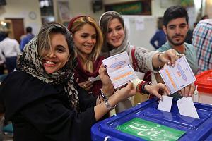 Wybory prezydenckie w Iranie. Po przeliczeniu połowy głosów prowadzi Hassan Rouhani