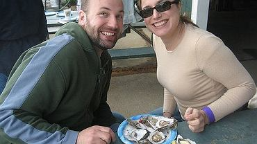 Ostrygi i inne owoce morza to uznane od wieków afrodyzjaki. Naszym zdaniem sam fakt, że się postarasz, już bywa rozpalający