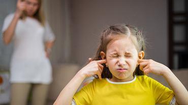 Co rodzice sądzą o uwagach od nauczycieli? Czy dzieci należy za nie karać? To najciekawsze komentarze z naszego forum.
