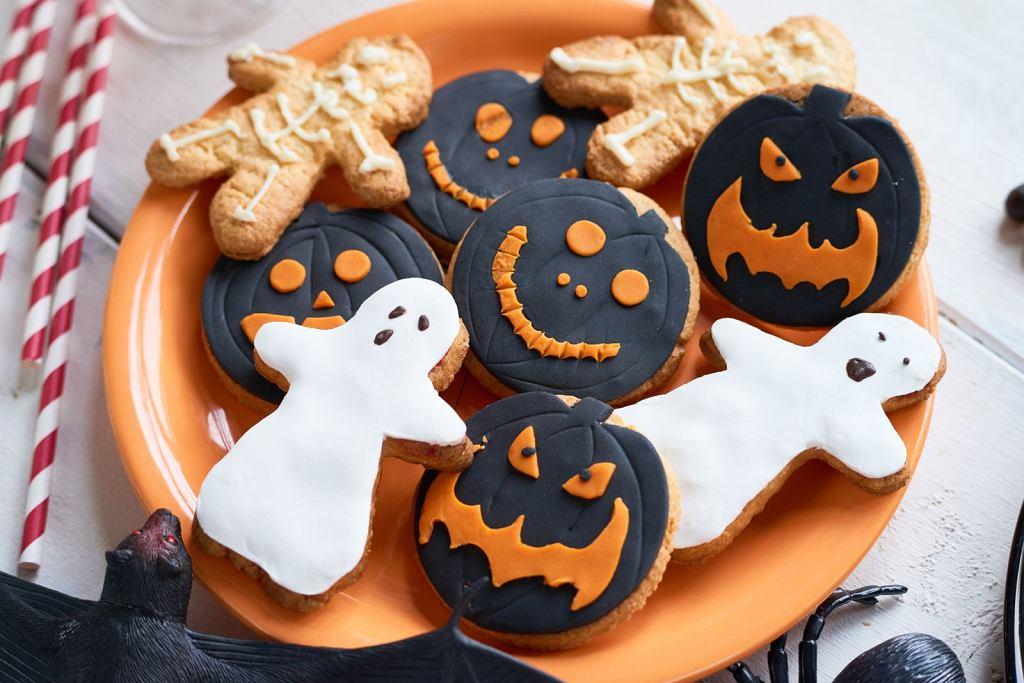 Straszne korzenne ciasteczka na Halloween