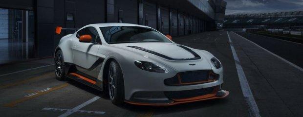 Salon Genewa 2015   Aston Martin Vantage GT3   Konkurent 911 GT3 RS