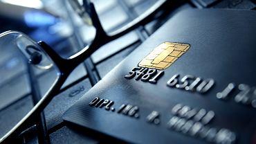 Z kontem podstawowym w banku nie będzie mógł być powiązany żaden produkt kredytowy