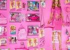 Rosie Huntington-Whiteley jako lalka Barbie w Vogue Japan. Ten plastikowy trend w fotografii mody trwa ju� dwie dekady!