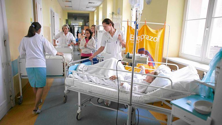 Mapy wcale nie mówią o potrzebach zdrowotnych, tylko o bazie łóżkowej w szpitalach. Ale wynikają z nich absurdy: np. że w Polsce są oddziały, które nie mają ani jednego łóżka