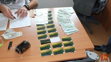 Podrabiane karty bankowe