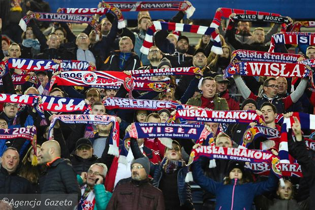 Zdjęcie numer 1 w galerii - Ekstraklasa. Wisła Kraków zmieni właściciela? Anglicy przyjeżdżają już w piątek