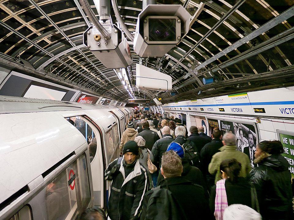 Kamery monitoringu w londyńskim metrze