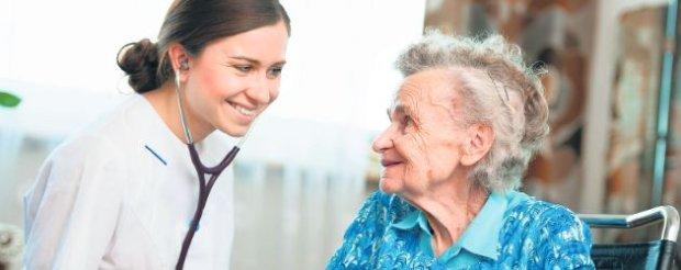 """Co si� nale�y starszym i ich opiekunom? Dok�d uda� si� po pomoc? Czytaj jutro w """"Tylko Zdrowie"""""""
