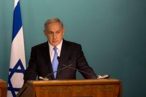 Premier Izraela: Hitler nie planowa� Holocaustu. Nam�wi� go wielki mufti Jerozolimy