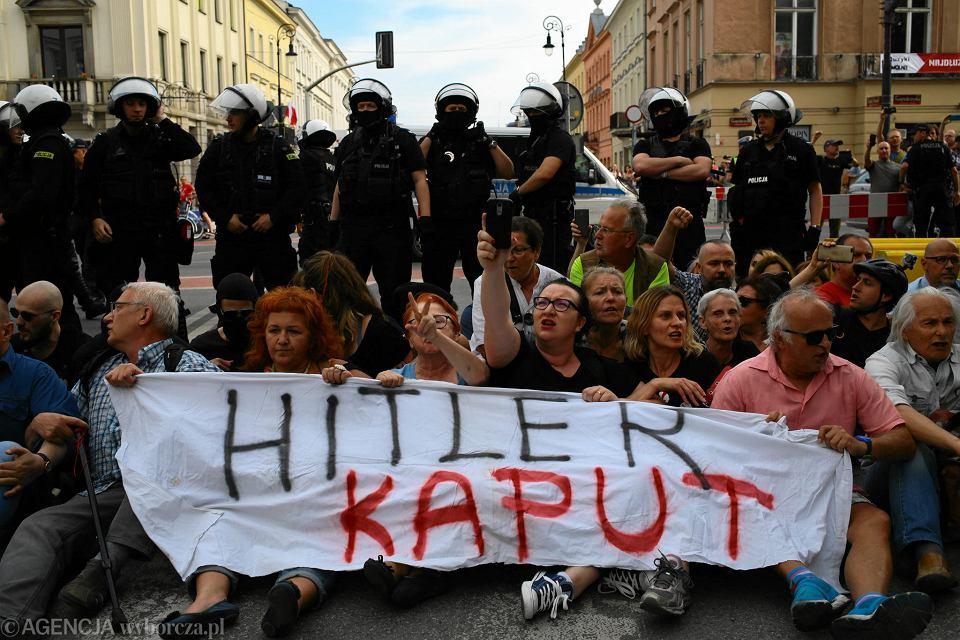 Blokada marszu nacjonalistów przy Nowym Świecie, 1 maja 2018 r.