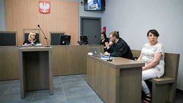 Poznań, Sąd Okręgowy przy ul. Hejmowskiego. Rozprawa wytoczona szefowej Stowarzyszenia Lokatorów Anastazja Molga została pozwana przez Waldemara Witkowskiego
