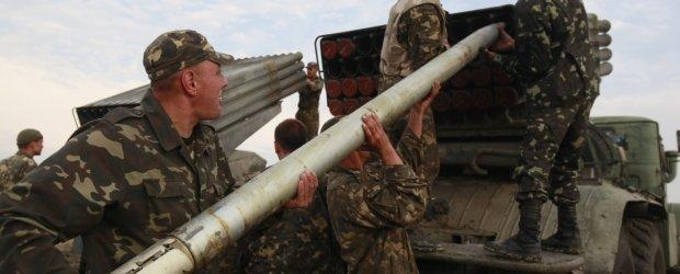 NATO: 1000 rosyjskich �o�nierzy dzia�a na Ukrainie. A Rosja zn�w: Nie przekraczali�my granicy