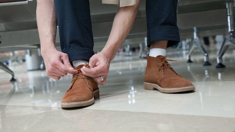 49ceeda204f57 Akademia stylu: jak dbać o buty skórzane i zamszowe