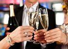 Fizyka na sylwestra: im większe bąbelki w szampanie, tym lepiej smakuje, a korek najwolniej wystrzeli w 4 st. C