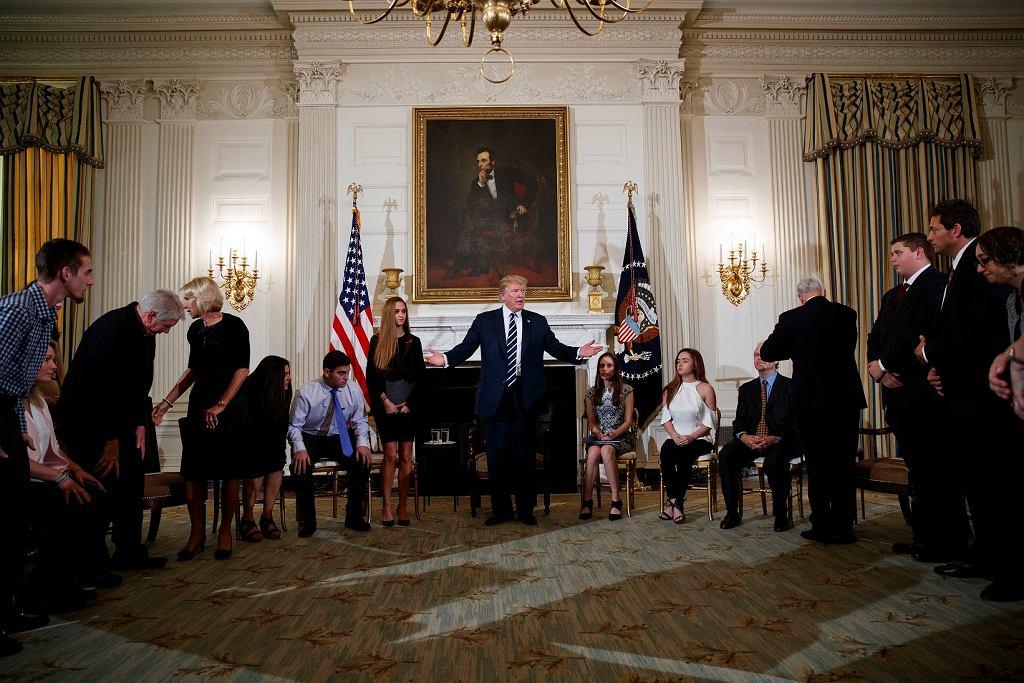 Donald Trump na spotkaniu z uczniami i nauczycielami w Białym Domu