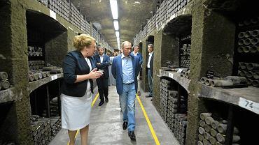 Wrzesień 2015 r., Władimir Putin w piwnicach Massandry. Podczas jego spotkania z Silviem Berlusconim otwarto 30 butelek wina, w tym pochodzący z 1775 r. egzemplarz Jerez de la Frontera. Na aukcji mógłby osiągnąć cenę miliona euro