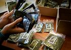"""Dopalacze to narkotyki, a nie """"środki zastępcze"""". PiS idzie na wojnę ze sprzedawcami"""