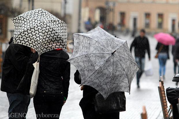 Prognoza pogody na czwartek. Wczoraj załamanie pogody, a jak będzie dzisiaj?