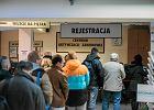 Jak uleczy� chory polski rynek pracy? Ka�da partia ma odpowied�