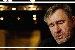 """Wiersz jest cudem: Jerzy Radziwi�owicz interpretuje wiersz """"Elegia dla zgubionych i zapomnianych przedmiot�w"""" Larsa Gustafssona"""