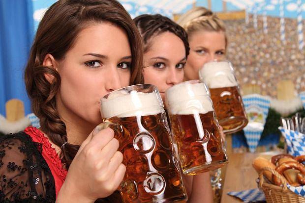 Szukasz dziewczyny? Przed randką sprawdź co pije: piwoszki