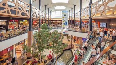 W maju 2018 r. rosła w Polsce sprzedaż leków, kosmetyków i żywności, zwłaszcza w super- i hipermarketach. Na zdjęciu: galeria Magnolia Park we Wrocławiu