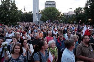 Zamach na Sąd Najwyższy. W Warszawie będą trzy demonstracje. Jak na nie dojechać?