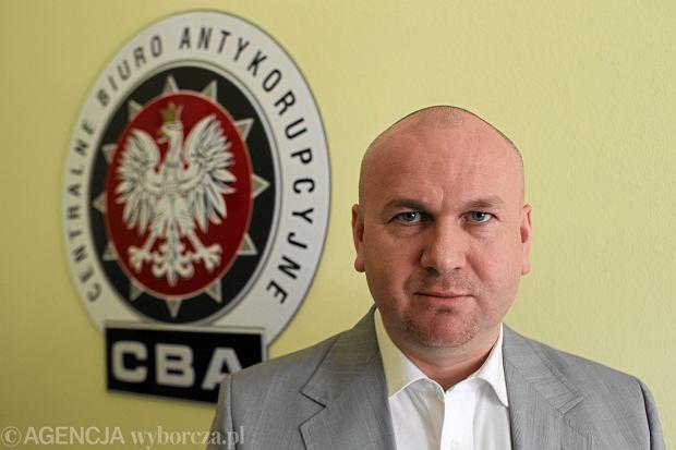 """Politycy bezkarni? """"Rzeczpospolita"""": CBA nie kontroluje nawet 1 proc. o�wiadcze� maj�tkowych"""