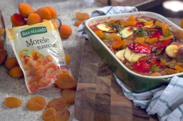 Papryka faszerowana kasz� j�czmienn� i morelami