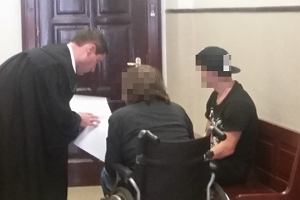 Chory na stwardnienie rozsiane pedofil nadal na wolności. Sąd szuka więzienia, w którym mógłby odsiadywać karę
