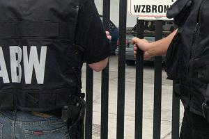 """ABW zatrzymała szefa """"policji w policji"""". Wiedział o układzie z agencjami towarzyskimi?"""