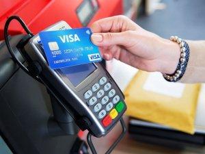 Płatności zbliżeniowe są bardziej ryzykowne niż standardowe? Statystyki temu przeczą