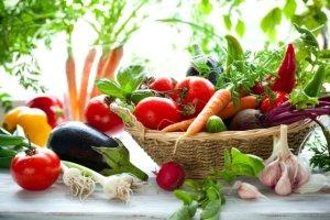 Moc barwników owoców i warzyw. Który kolor najzdrowszy?